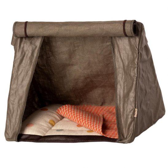 Namiot kempingowy z materacem